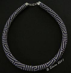 maybe-beads: free pattern (on right sidebar) 28 around
