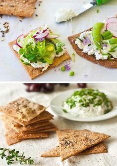 Domácí celozrnné krekry - DIETA.CZ Healthy Salt, Healthy Cooking, Healthy Snacks, Cooking Recipes, Healthy Recipes, Vegan Recepies, Salty Foods, Breakfast Snacks, Food Dishes