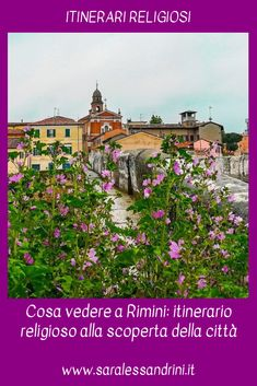Itinerario religioso nel centro storico di #Rimini alla scoperta di una città dai mille volti.  #Viaggiare #Viaggi #Travel #Viaggitalia #Italia
