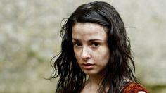 The 'OUTLANDER' TV Series book by Diana Gabaldon, brought to the screen by Starz. Laura Donnelly cast as Jamie's beloved sister Jenny Frazer Murray. Outlander Season 1, Outlander 3, Outlander Casting, Diana Gabaldon Books, Diana Gabaldon Outlander Series, Outlander Book Series, Outlander Tv Series, Laura Donnelly, Jamie And Claire