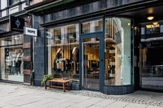 Hope Travel Guide | Hope Shop Oslo - Øvre Slottsgate 17