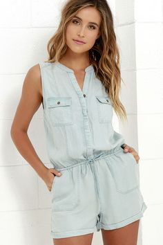 With some sandals on your feet and the On the Road Elysian Light Blue Chambray Romper up top, the world is your oyster! Super soft chambray shapes a sleeveless bodice with flap pockets that frame a hidden button placket. Elastic drawstring waist introduces loose shorts with rounded front pockets, a back patch pocket, and cuffed/sewn hems.