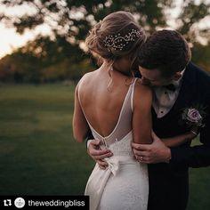 Mi hiszünk az igaz szerelemben . . . . . . #mik #love #szerelem #friends #ikozosseg #instahun #iközösség #magyarig #magyarinsta #instahunig #mutimitcsinalsz #eskuvo #esküvő #foodtruckeskuvo #wedding #weddingday #weddingsinspiration #instawedding #foodtruckwedding #vintage #bride @gnocchifurgon @theweddingbliss