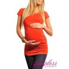 Velmi elastický a měkký materiál sedí každé postavě. Krátké rukávy Nabírání na obou stranách vytváří spoustu místa pro rostoucí bříško Funkční a pohodlné, může být nošeno během těhotenství i po porodu Délka  Délka je závislá na velikosti bříška, mezi 60-70cm Látka  Viskóza 95%, Elasten 5%