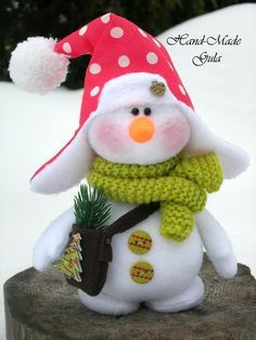 Yulia Gula's photos Christmas Crafts, Christmas Decorations, Christmas Ornaments, Holiday Decor, Diy And Crafts, Arts And Crafts, Christmas Makes, Sewing Toys, Handmade Design