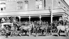 thirty miles out: Departure of Stagecoach, Cripple Creek, CO 1890 Old Pictures, Old Photos, Cripple Creek Colorado, Colorado Springs, Old Western Towns, Covered Wagon, American Frontier, Le Far West, History Photos