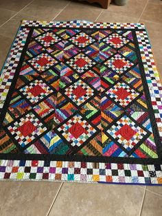 55 x 69 - Pattern Fair & Square by Bonnie Hunter. Will be donated to Hopes & Dreams Quilt Challenge for ALS Quilt Blocks Easy, Easy Quilts, Bonnie Hunter, Jellyroll Quilts, Scrappy Quilts, Amish Quilts, Crumb Quilt, Scrap Quilt Patterns, String Quilts