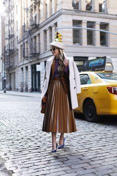 Cognac & Cobalt // Pleated skirt in Soho NYC #pleatedskirt #soho