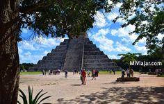 Pirámide de #Kukulcan en Chichén Itzá #viajes