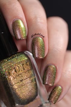 F.U.N Lacquer - Christmas 2014 Collection ~ Poinsettia (H)