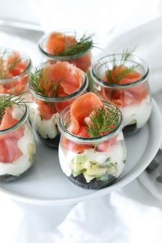 Lachs-Sandwich im Glas – France Mein wunderbares Chaos – Dîner Sain Party Finger Foods, Party Snacks, Gourmet Recipes, Crockpot Recipes, Salmon Sandwich, Sandwiches, Le Diner, Sandwich Recipes, Salmon Recipes