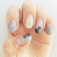 Perhaps you have discovered your nails lack of some modern nail art? Yes, recently, many girls personalize their nails with beautiful … Sns Nails Colors, Love Nails, Pretty Nails, Heart Nail Designs, Nail Art Designs, Classic Nails, Modern Nails, Manicure Y Pedicure, Disney Manicure