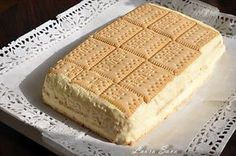 kcal-biscuiti-crema-simpla-new - 1 Cake Recipes, Dessert Recipes, Romanian Food, Hungarian Recipes, Pastry Cake, Food Cakes, Ice Cream Recipes, Chocolate Recipes, I Foods