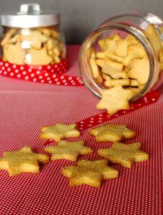 Cinco Quartos de Laranja: Estrelinhas de manteiga de amendoim com sabor a Natal