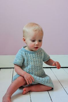 Beautiful knit dess by Julie Jaeken of Julija's Shop in Antwerp using MoYa's DK cotton yarn