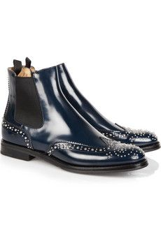 someone who has teeny-tiny size 5 feet should really buy these boy-chic boots