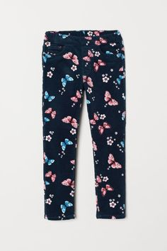 Treggings in stretch cotton corduroy with an elasticized waistband, mock front pockets, and regular back pockets. Little Girl Outfits, Cute Outfits For Kids, Toddler Outfits, Butterfly Kids, Treggings, H&m Kids, Jogger, Kids Pants, Girls In Leggings