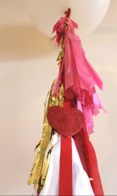 how to make the cute tassels for geronimo balloons