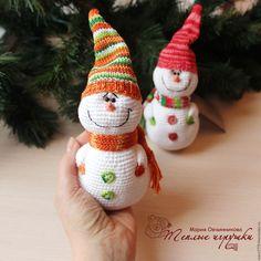 Купить Снеговичок, игрушка вязаная, подарок на новый год, новогодний сувенир - новогодний сувенир, новогодний декор