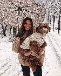 Teddy jacked for Negin and a knitted sweater for her puppy! Goldendoodle Puppy For Sale, Girl Fashion, Fashion Looks, Negin Mirsalehi, Teddy Coat, Matches Fashion, Dog Photography, Dog Bowtie, Beautiful Dogs