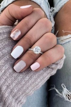 27 White Gold Engagement Rings To Conquer Your Love White gold engagement rings in any style are good for a proposal. 27 White Gold Engagement Rings To Conquer Your Love White gold engagement rings in any style are good for a proposal. Engagement Ring Rose Gold, Vintage Gold Engagement Rings, Diamond Wedding Bands, Engagement Nails, Engagement Ring Styles, Engagement Jewelry, Solitaire Engagement, Gold Bands, Ring Set