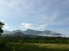 Fotografia del Cerrito de los Coyotes y el Cerro de la mujer dormida o Volcan #Guazapa #Suchitoto #ElSalvador | SUCHITOTO.TOURS@gmail.com