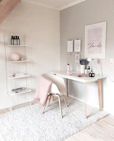 Best Desk Decor Design Ideas & Fun Accessoris DIYs for your desk - Brad S Knutson 🏠 Home Design Lover - It is The Time Club Minimalist House Design, Minimalist Home, Minimalist Bedroom, Home Office Design, Home Office Decor, Office Ideas, Office Designs, Pink Office Decor, White Desk Decor