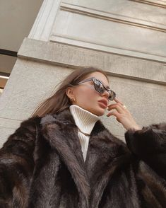 Winter Fashion Outfits, Look Fashion, Fashion Beauty, Girl Fashion, Classy Aesthetic, Aesthetic Girl, Classy Outfits, Cute Outfits, Photography Poses Women