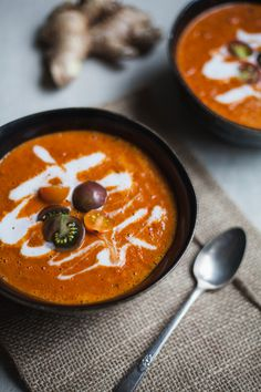 creamy curry red pepper and tomato soup | vegan and gluten free recipe by will frolic for food