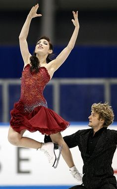 Meryl Davis & Charlie White. America's golden ice dance pair. These two blow me away with their precision and athleticism.