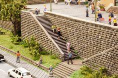 Treppenset für die Spur H0. So einfach geht das Basteln von Treppen auf der Modelleisenbahn.