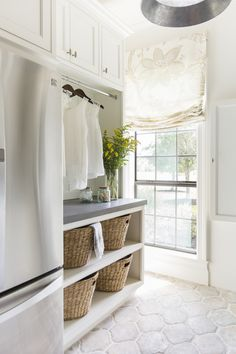 Need ideas for a unique laundry room? Things such as baskets, signs, rugs, cabinets, and more can really spruce up a laundry room. We hope these can inspire you to make your laundry room more stylish. The Top Laundry Room Storage Decor Ideas Mudroom Laundry Room, Laundry Room Organization, Laundry Room Design, Laundry Decor, Laundry Room Floors, Laundry Baskets, Small Laundry, Bathroom Flooring, Interior Design Living Room