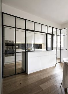 Windows and doors for kitchen Semi Open Kitchen, Home Interior Design, Kitchen Design, Interior Architecture Design, Home Decor Kitchen, Kitchen Room Design, House, Kitchen Interior, Modern Kitchen Design
