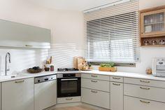 מטבח כפרי בגוון ירוק מרווה Sage green clasic kitchen Kitchen Cabinets, Home Decor, Decoration Home, Room Decor, Cabinets, Home Interior Design, Dressers, Home Decoration, Kitchen Cupboards