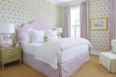Julia Engel of Gal Meets Glam Charleston, SC Home Master Bedroom  Enveloped in lavender-and-green Bowood chintz from Colefax and Fowler, the master bedroom indulges Engel's love of all things botanical and floral. Curtains in a smaller, geometric motif (Quadrille's Volpi) and funky lamps on the faux-bamboo nightstands keep it all from seeming too precious or overdone. Home Decor Styles, Home Decor Accessories, Cheap Home Decor, Southern Living Magazine, South Carolina Homes, Charleston Homes, Cute House, Gal Meets Glam, White Houses