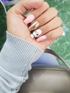 de Uas de Unicornio que te Encantarn - Uas :D Diseos Mgicos de Uas de Unicornio que te Encantarn - Uas :D - 50 fabulous free winter nail art ideas 2019 page 41 Soft Nails, Simple Nails, Fun Nails, Neutral Nails, Diy Unicorn, Unicorn Nail Art, Unicorn Nails Designs, Impress Nails, Striped Nails