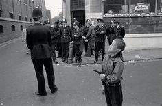 Αποτέλεσμα εικόνας για east end london 1970s
