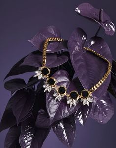 Editorial | Jewellery & Watches | Barbara Donninelli | #jewellery #plants #paint