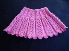 Skirt Claret Skirt Recipe With Openwork Sample And Auger Decoration. Easy Knitting Patterns, Knitting For Kids, Lace Knitting, Knitting Designs, Baby Patterns, Crochet Patterns, Knit Baby Dress, Knitted Baby Clothes, Knitted Baby Blankets