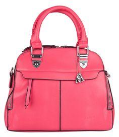 De smooth handbag van Bulaggi heeft een fel roze kleur met zwarte afwerking en zilveren hardware