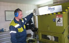 Reciclador de cajas de pezcado, empezó a utilizar EPS compactador a solucionar el problema.