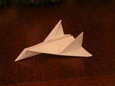 iHow4us: How To Make a Paper Aeroplane: Thunder Bomber