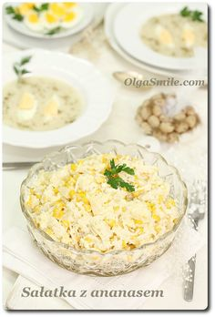 Salad with pineapple Hummus, Camembert Cheese, Potato Salad, Pineapple, Salads, Good Food, Menu, Potatoes, Ethnic Recipes