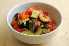 Sous Vide Ratatouille can be tough on the stove top, but Anova is here to the rescue. Vegan Vegetarian, Vegetarian Recipes, Paleo, Healthy Recipes, Healthy Food, Sous Vide Vegetables, New Recipes, Cooking Recipes, Tasty
