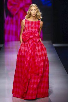 Laura Mancini Fashion Show Ready to Wear Collection Spring Summer 2016 in Dubai