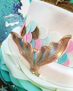 Mermaid Birthday Cake with a rose gold mermaid tail! Mermaid Birthday Cakes, Little Mermaid Birthday, Little Mermaid Parties, Mermaid Cakes, The Little Mermaid, Mermaid Tail Cake, Girly Cakes, Fancy Cakes, Cute Cakes