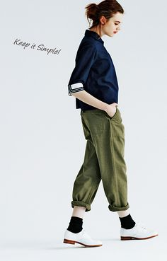 BEAMS BOY × FUDGE |《ビームス ボーイ》と彼女が愛する4つのスタイル Fashion Pants, Girl Fashion, Fashion Outfits, Womens Fashion, Fashion Design, Japan Fashion, Daily Fashion, Smart Casual Wear, Fashion Catalogue