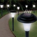 If you want some path lights for your pathway, walkway or driveway in your yard, solar path lights can satisfy your needs. The Garden Creations Solar-Powered LED Accent Lights, Set of 8 solar path lights may help you Luz Solar, Solar Led, Solar Lights, Fairy Lights, Pathway Lighting, Landscape Lighting, Outdoor Lighting, Lighting Ideas, Gardens
