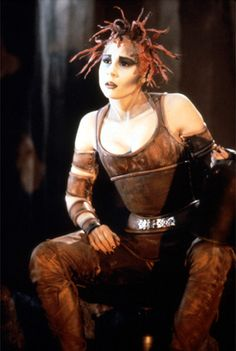 Chiana with Raspberry dreads. I need to watch Farscape again.