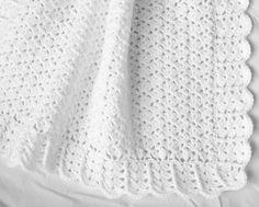 Bebé blanco manta ganchillo afgano bautizo por littledarlynns